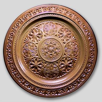 Тарелка деревянная резная  1