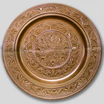 Тарелка деревянная резная  2